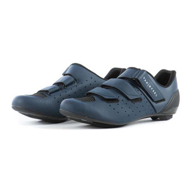 Cestné tretry Cyclosport 500 námornícke modré v akcii za 39,99€