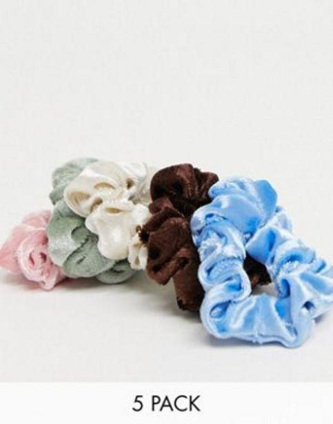 ASOS DESIGN pack of 5 velvet skinny scrunchies in mixed colours v akcii za 2,8€