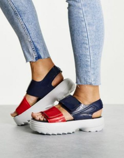 Fila by Melissa chunky sandals with contrast sole in navy v akcii za 88€
